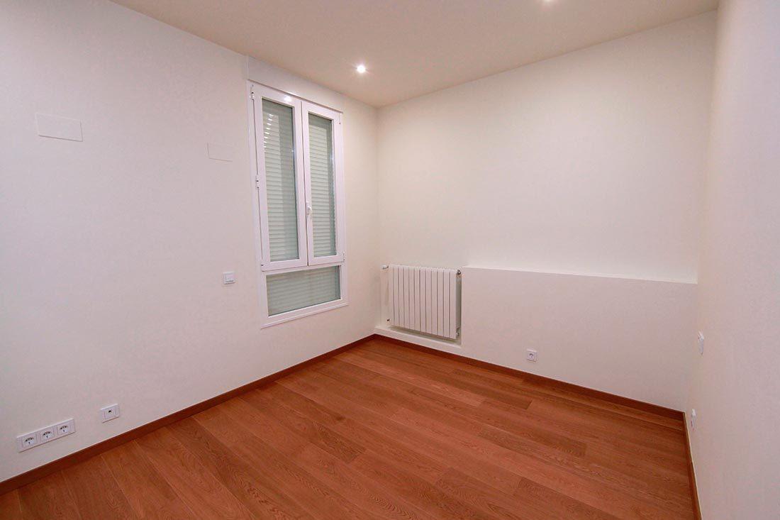 Vista segundo dormitorio reforma en Valencia