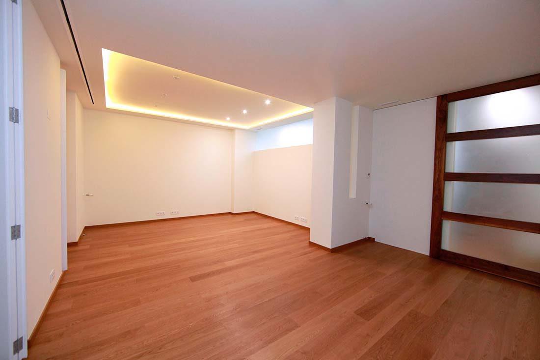 Vista salón principal en reforma en Valencia
